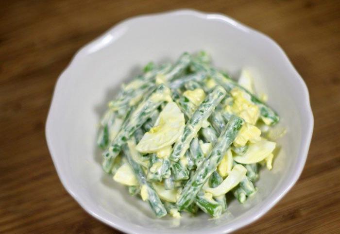 Рецепт Салат из зеленой фасоли с яйцами