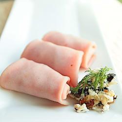 Рецепт Рулетики из ветчины,с сыром и орехами