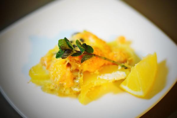 Рецепт Форель, запеченная с картофелем