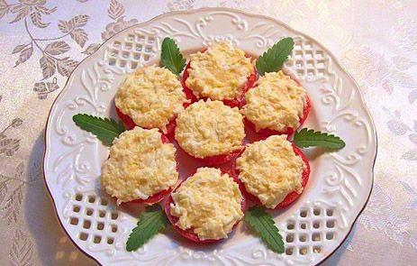 Рецепт Закуска из помидоров с сыром