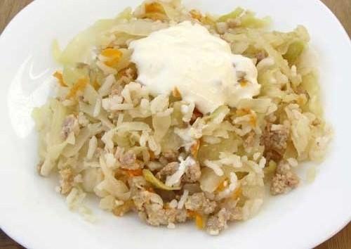 Рецепт Тушеная капуста с мясом и рисом