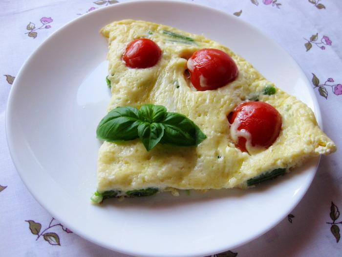 Рецепт Омлет со стручковой фасолью и помидорами