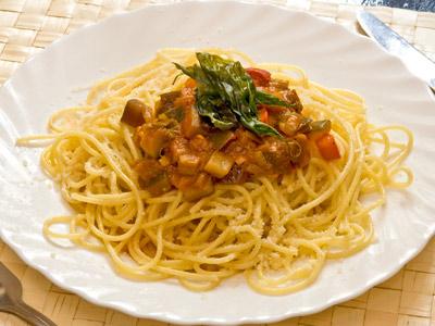 Рецепт Спагетти с цукини и баклажанами