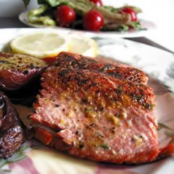 Рецепт Жареный лосось с каперсами
